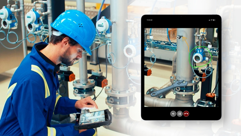Endress+Hauser's technical support team supports customers with Visual Support.